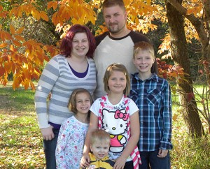Jami and her husband Josh with their children Kaylinn, Syerah, Austin, and Oliver; photo courtesy of Jami Van Muyden